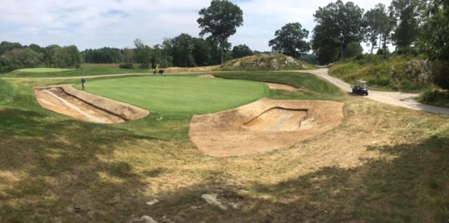 greenside bunkers 9